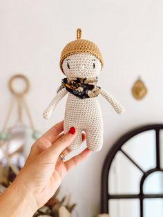 Amigurumi Doll, Softies, Pet Toys, Knit Crochet, Crochet Earrings, Textiles, Christmas Ornaments, Holiday Decor, Plushies