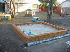sandbox with cover rolled back | Gil Garcia | Flickr