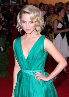 Dianna Agron styles her blond bob with waves for this elegant hairstyle. Photo courtesy WENN