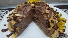 Banános-csokis amerikai palacsinta Muffin, Food, Essen, Muffins, Meals, Cupcakes, Yemek, Eten