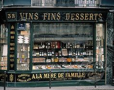 Wonderful French storefront with beautiful typography
