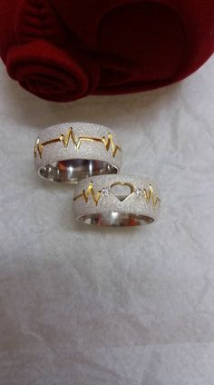 Couple Rings Gold, Engagement Rings Couple, Couple Jewelry, Gold Ring Designs, Gold Earrings Designs, Bijoux Louis Vuitton, Couple Ring Design, Fashion Rings, Fashion Jewelry