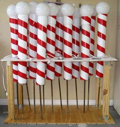 Outdoor christmas diy PVC & Duct tape to make North Pole that lights up Noel Christmas, Winter Christmas, Christmas 2019, Christmas Carnival, Christmas Concert, Christmas Train, Victorian Christmas, Christmas Signs, Christmas Candy