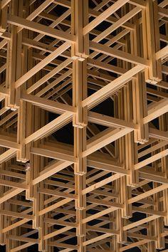 La infinidad de piezas me da una sensación de calidez por la madera