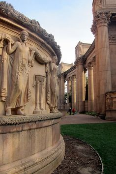 San Fancisco Architecture : San Francisco - Marina District: Palace of Fine Arts San Francisco Travel, San Francisco California, California Usa, Parks Department, Palace Of Fine Arts, San Fransisco, Interior Exterior, Places To Travel, Beautiful Places