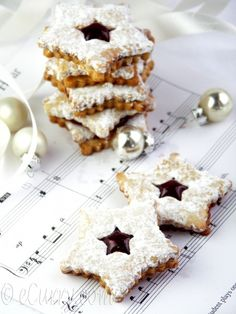 Linzer Cookies with Spiced Jam