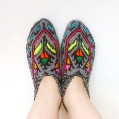 Hey, I found this really awesome Etsy listing at https://www.etsy.com/ru/listing/214950858/knitted-women-slippers-home-slippers