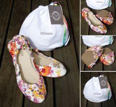 Sapatilha Sarja Floral Colorida! Confira na nossa loja online: http://www.castanna.com.br/pd-b08ee-sapatilha-sarja-floral-colorida.html?ct=5b361&p=1&s=1