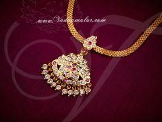Attikai sparkling white and pink stones closed necklace