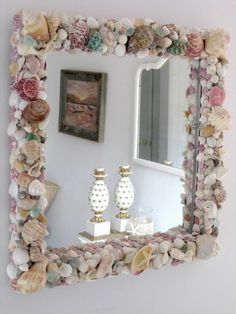 gunna do something like this with the shiny pearly insides of shells. it will look beautiful :) would look cool in a bathroom Seashell Projects, Driftwood Projects, Used Cardboard Boxes, Shell Decorations, Shell Frame, Shell Crafts, Decorating On A Budget, Coastal Art, Hobbies And Crafts