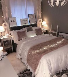 38 Cute and Girly Bedroom Decorating Tips for Teenagers cute bedroom ideas; bedroom for girls. Cozy Home Decorating, Bedroom Decorating Tips, Decorating Websites, Pink Bedroom Design, Girl Bedroom Designs, Girls Bedroom, Master Bedroom, Bedroom Brown, Bedroom Styles