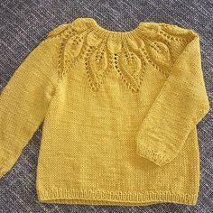 does blouse lovesticks leneholmesamsøe . - Dahlia done lovesticks leneholmesamsøe … -Dahlia does blouse lovesticks leneholmesamsøe . - Dahlia done lovesticks leneholmesamsøe … - How To Start Knitting, Knitting For Kids, Baby Knitting Patterns, Crochet Baby, Knit Crochet, Cardigan Bebe, K Fashion, Yarn Inspiration, Knitting Blogs