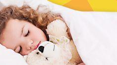 Du möchtest wissen, wie Dein Kind schlafen lernen kann? Mit den folgenden 10 Tipps kannst Du Dein Kind beim Schlafen lernen unterstützen.