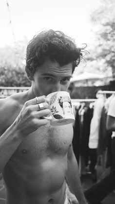 Cameron Alexander Dallas, Wonder Boys, Shawn Mendes Wallpaper, Shawn Mendes Imagines, Sweet Cheeks, Photography Poses For Men, Beautiful Person, Good Looking Men, Insta Story