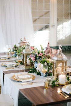 Just Dandy Events & Isha Foss Design. Cheksea Anderson Photography. See more @intimateweddings.com #tablesettings #tabledecor #styled Shoot