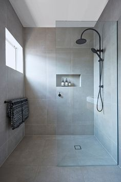 Beautiful bathroom decor tips. Modern Farmhouse, Rustic Modern, Classic, light and airy master bathroom design suggestions. Bathroom makeover suggestions and bathroom remodel a few ideas. Ensuite Bathrooms, Bathroom Renos, Bathroom Ideas, Bathroom Cabinets, Bathroom Organization, Bathroom Renovations, Small Bathrooms, Shower Ideas, Bathroom Large Tiles