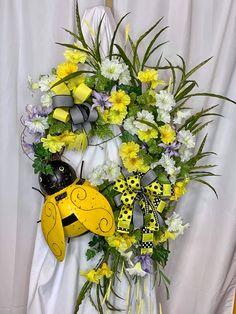 Wreaths For Front Door, Door Wreaths, Grapevine Wreath, Burlap Wreath, Easter Wreaths, Holiday Wreaths, Summer Wreath, Spring Wreaths, Mothers Day Wreath