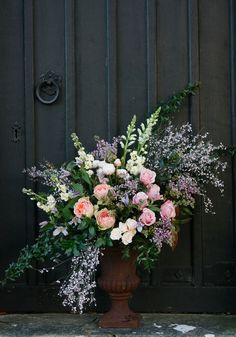 Choosing Wedding Flowers: Why The Scent And Look Are equally Important Church Wedding Flowers, Wedding Ceremony Decorations, Flower Decorations, Wedding Ideas, Wedding Programs, Tall Flower Arrangements, Wedding Arrangements, Funeral Sprays, Home Flowers