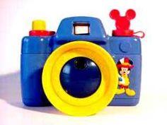 Fun Bubbles Camera ミッキーシャボン玉カメラ     シャボン水を入れてシャッターを押すと…電動でシャボン玉がレンズのところから出てきます(^-^v