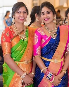 Gorgeous Ladies in Pachi Work Necklaces Half Saree Designs, Pattu Saree Blouse Designs, Blouse Designs Silk, Saree Blouse Patterns, Bridal Blouse Designs, Lehenga Designs, Vaddanam Designs, Bridal Silk Saree, Sr1