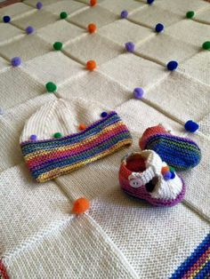This Pin was discovered by Zey Loom Knitting, Baby Knitting, Knitting Patterns, Crochet Patterns, Crochet Quilt, Crochet Yarn, Crochet Toys, Knitted Baby Blankets, Baby Blanket Crochet