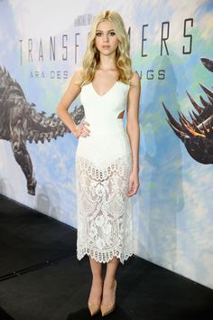 Nicola Peltz attends the 'Transformers: Age of Extinction' press conference in Berlin, wearing Stella McCartney. via StyleList | http://aol.it/1nIkt9L