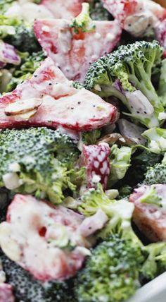 Creamy Strawberry Broccoli Salad