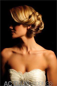 Gatsby Hair for bridesmaids Bride Hairstyles, Vintage Hairstyles, Pretty Hairstyles, Hairstyle Photos, Vintage Wedding Hair, Wedding Hair And Makeup, Bridal Makeup, Wedding Updo, Bridal Beauty