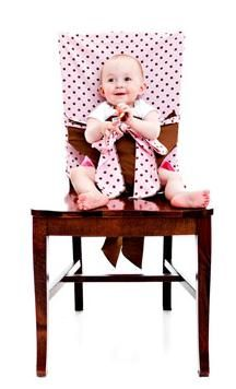The Tie Chair. An all-fabric, portable high chair. Perfect for my friends who are having babies left and right...