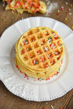 Easy Homemade Waffles Recipe for a fun family breakfast! Thick, crispy, fluffy, waffles at home! Our waffle batter can be used for big waffles or mini waffles. Waffle Recipe Uk, Waffle Recipe Allrecipes, Waffle Recipe Without Eggs, Waffle Iron Recipes, Easy Baking Recipes, Baby Food Recipes, Cake Recipes, Perfect Pancake Recipe, Crispy Waffle