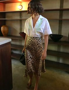leopard print skirt and a white linen blouse. Visit Daily Dress Me at dailydress… leopard print skirt and a white Mode Outfits, Casual Outfits, Casual Dresses, Fashion Outfits, Womens Fashion, Fashion Tips, Fashion Trends, Skirt Outfits, Casual Clothes