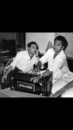 Kishore Kumar, Film Icon, Indian Music, Vintage Bollywood, Bollywood Actors, Incredible India, Masters, A4, Actors & Actresses