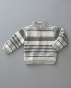Garnpakke i Phil Laine Cachemire fra Phildar. Baby Cardigan Knitting Pattern Free, Baby Boy Knitting Patterns, Knitting For Kids, Pull Bebe, Knit Baby Sweaters, Mens Car Coat, Wool Sweaters, Baby Coming Home Outfit, Kids Knitting Patterns