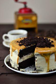 Ein Wachmacher in Kuchenform - Saftiger Mokka Kuchen mit Karamellsauce | Das Knusperstübchen