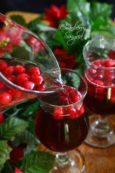 Cranberry Sangria is perfect for this holiday season. Delicious seasonal cocktail made with fresh cranberries, cranberry flavored vodka, juice and red wine. --Even though Sangria is summer intended-- Party Drinks, Cocktail Drinks, Alcoholic Drinks, Beverages, Bacardi Drinks, Christmas Cocktails, Holiday Cocktails, Cranberry Sangria, Cranberry Smoothie
