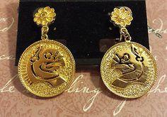 Vintage-Gold-Tone-Signed-VENDOME-Earrings-Greek-Phoenix-Bird-Screw-Back-Wire