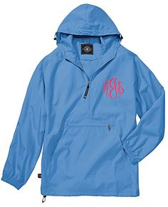 These are perfect jackets for men or women on the go! The Pack-n-Go pullover rain coats are unisex, lightweight unlined and store in the front pocket of the jacket itself for easy storage. Designed for convenience you can keep one of these pullovers anywhere for when you need it. #raincoat #windbreaker #monogrammedwindbreaker #rainjacket #packngo #personalizedjacket #monogrammedrainjacket #columbiablue #personalizedraincoat #lilajanes