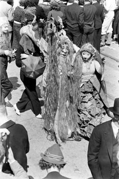 Mardi Gras: Pictures From 1938 New Orleans by LIFE Magazine Photographer William Vandivert - LIFE