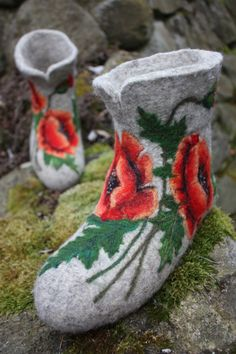 Felted Low shoes- Poppy Flowers -Made to order-, via Etsy.