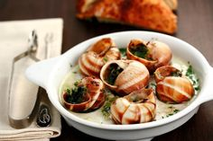 alamodeus: Seine-ful French food … Escargot