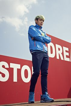 Choi Seung Hyun #TOP Never Stop Dreaming North Face