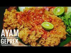 Resep AYAM GEPREK Keriting & Crispy - YouTube Nasi Goreng, Malaysian Food, Indonesian Food, Kfc, Fried Chicken, Fried Rice, Chicken Recipes, Cooking, Ethnic Recipes