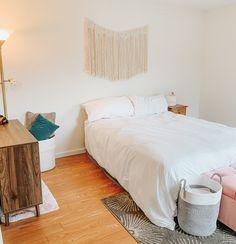Great home decor and big enough Storage Baskets, Big, Furniture, Home Decor, Decoration Home, Room Decor, Home Furnishings, Arredamento, Interior Decorating
