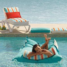 Bean bag pool float __ I wonder if I could make this from styrofoam peanuts or beads and Sunbrella / out door fabric ?????