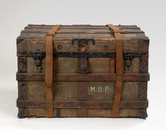 Maurice Prendergast's steamer trunk at Williams College Museum of Art, Prendergast Archive and Study Center