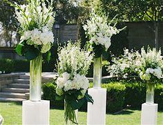 Chic California Wedding at the Greystone Mansion - MODwedding