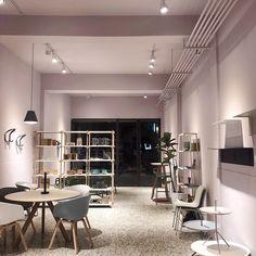 Conference Room, Table, Shop, Furniture, Home Decor, Meeting Rooms, Interior Design, Home Interior Design, Desk