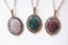 The Khaleesi Dragon Egg Necklace  Set of 3 by Blingstopaythebills, €35.00