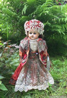 Чудесная куколка в русском боярском костюме мастерских Бартрама! / Антикварные куклы, реплики / Шопик. Продать купить куклу / Бэйбики. Куклы фото. Одежда для кукол
