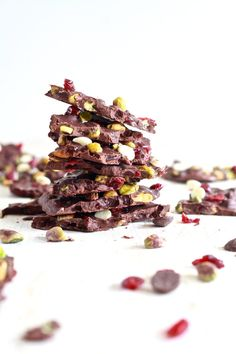 Pistachio and Cranberry Salted Bark | Community Post: 21 Edible Christmas Gifts Everyone Will Love